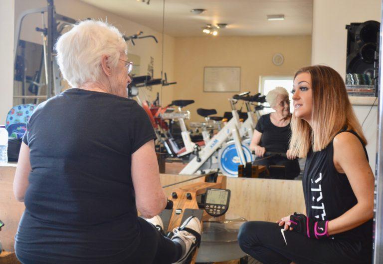 female personal trainer oldham